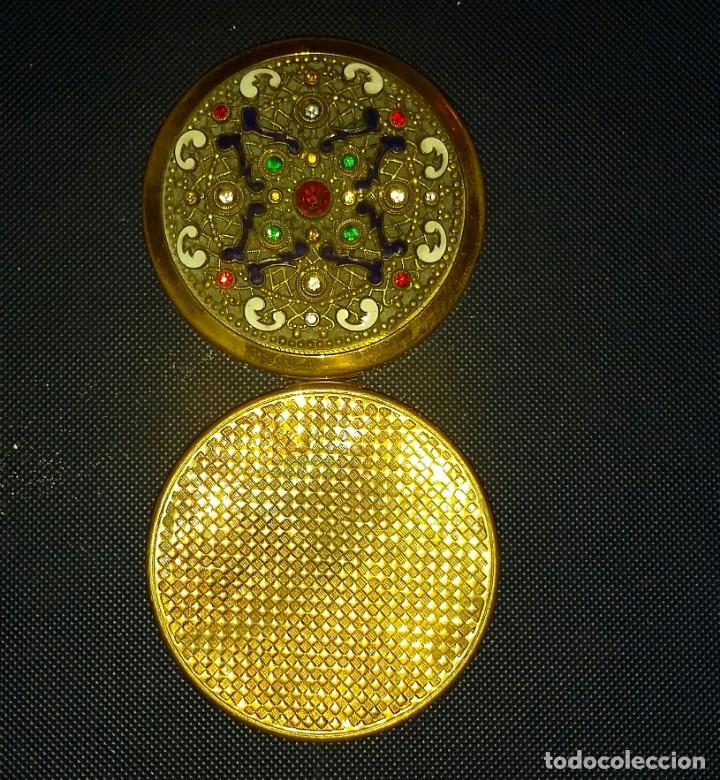 Antigüedades: HERMOSA POLVERA DE BRONCE ESMALTADA Y CRISTALITOS - Foto 3 - 155758170