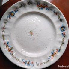 Antigüedades: ALCORA PLATO SIGLO XIX PERFECTO. Lote 155758958