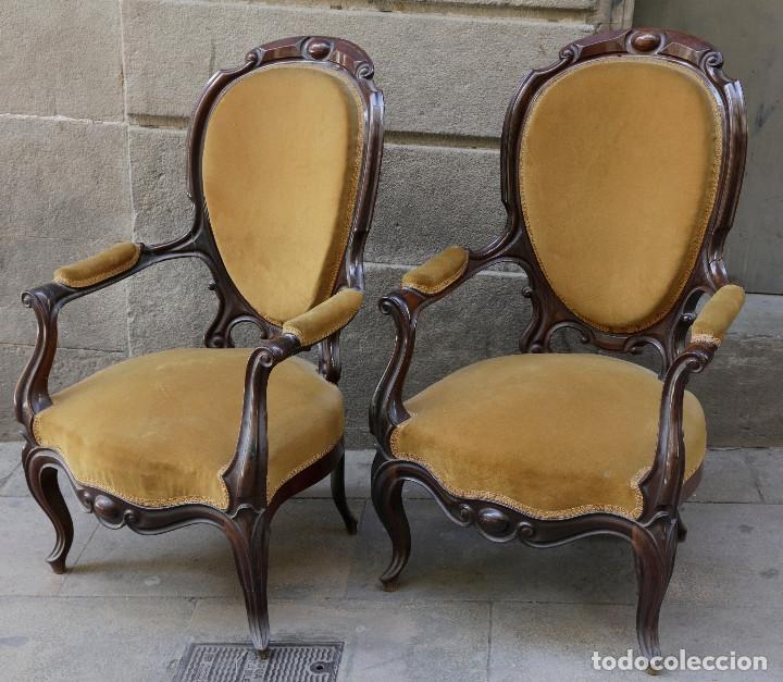 Antigüedades: pareja de sillones isabelinos de caoba, 1870 aprox. En bastante buen estado, ver fotos. - Foto 3 - 155775302