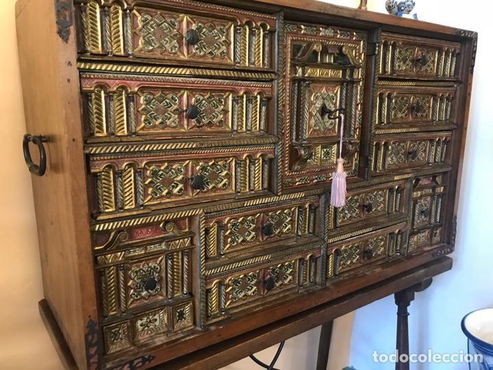 Antigüedades: Precioso bargueño Modelo siglo XVII - Foto 3 - 155778370