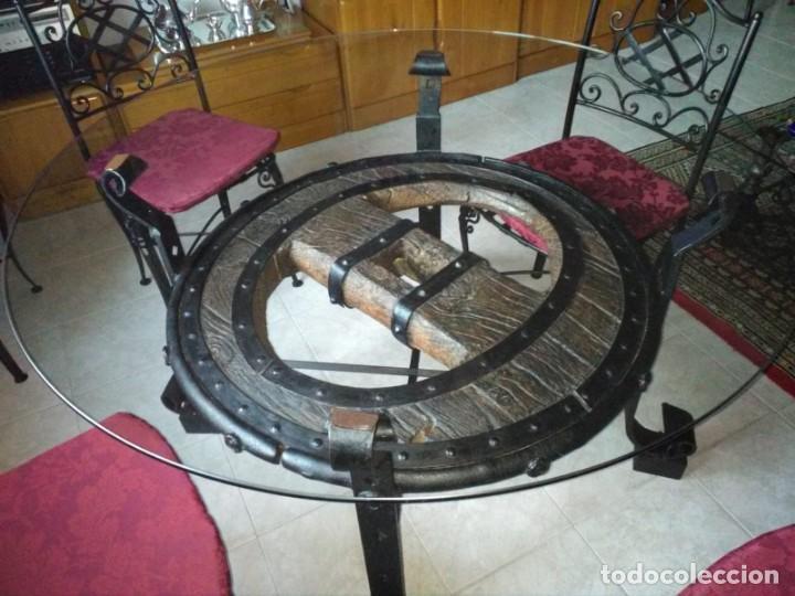 MESA RUEDA DE CARRO (Antigüedades - Muebles Antiguos - Mesas Antiguas)