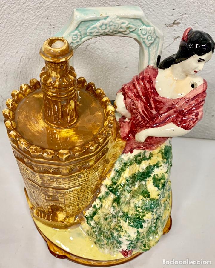 Antigüedades: Antiguo botijo en cerámica de Sevilla Torre del Oro firmado M.P. (posiblemente Biar o Manises) - Foto 5 - 155851346