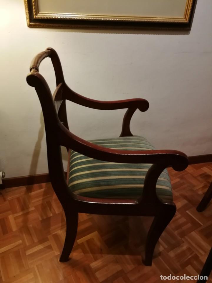 Antigüedades: 2 sillas antiguas de brazos madera maciza y marquetería - Foto 2 - 155854406