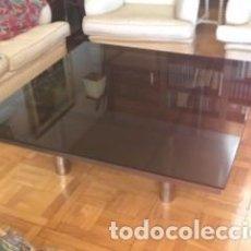 Antigüedades: MESA BAJA DE CRISTAL. Lote 155857410