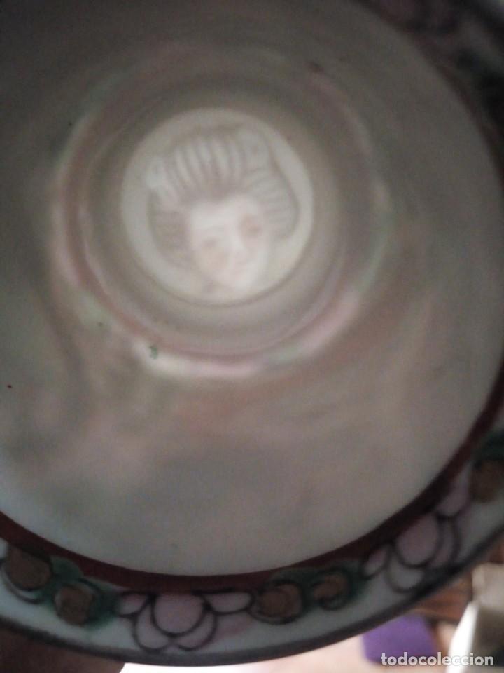 Antigüedades: Antiguo juego de porcelana japonesa ,pintado a mano sellado y con imagen de geisha visible a trasluz - Foto 13 - 155859694