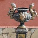 Antigüedades: FABULOSO PEDESTAL DE JARDÍN EN HIERRO. Lote 155871321