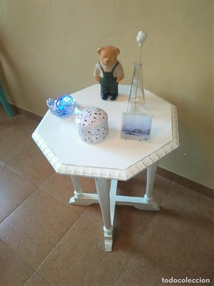 Antigüedades: Antigua mesa auxiliar de té maciza acabada en decape - Foto 2 - 155893382