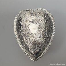 Antigüedades: CAJA INGLESA EN PLATA LEY MARCADO CON CONTRASTE. Lote 155931638