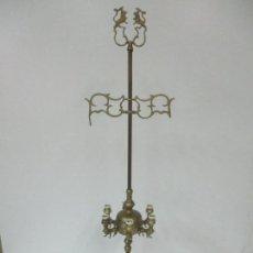 Antigüedades: GRAN LAMPARA DE ACEITE ANTIGUA - VELÓN - BRONCE - 6 LUCES, ELECTRIFICADA - 1 METRO, DE ALTURA. Lote 155960190