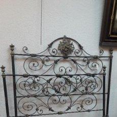 Antigüedades: CAMA INGLESA ESCUELA DE BRISTOL - S. XIX - FORJA PINTADA A MANO. Lote 155984818