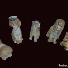 Antigüedades: LOTE DE PERROS DE PORCELANA. Lote 154832238