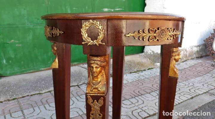 Antigüedades: Velador antiguo estilo imperio. Mesa auxiliar antigua velador cariatides. - Foto 3 - 156000214