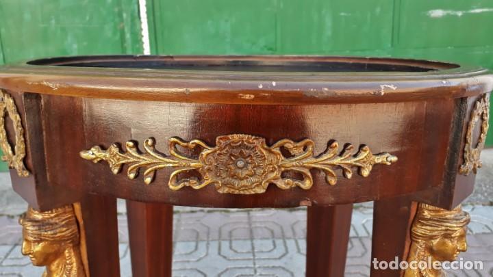 Antigüedades: Velador antiguo estilo imperio. Mesa auxiliar antigua velador cariatides. - Foto 10 - 156000214