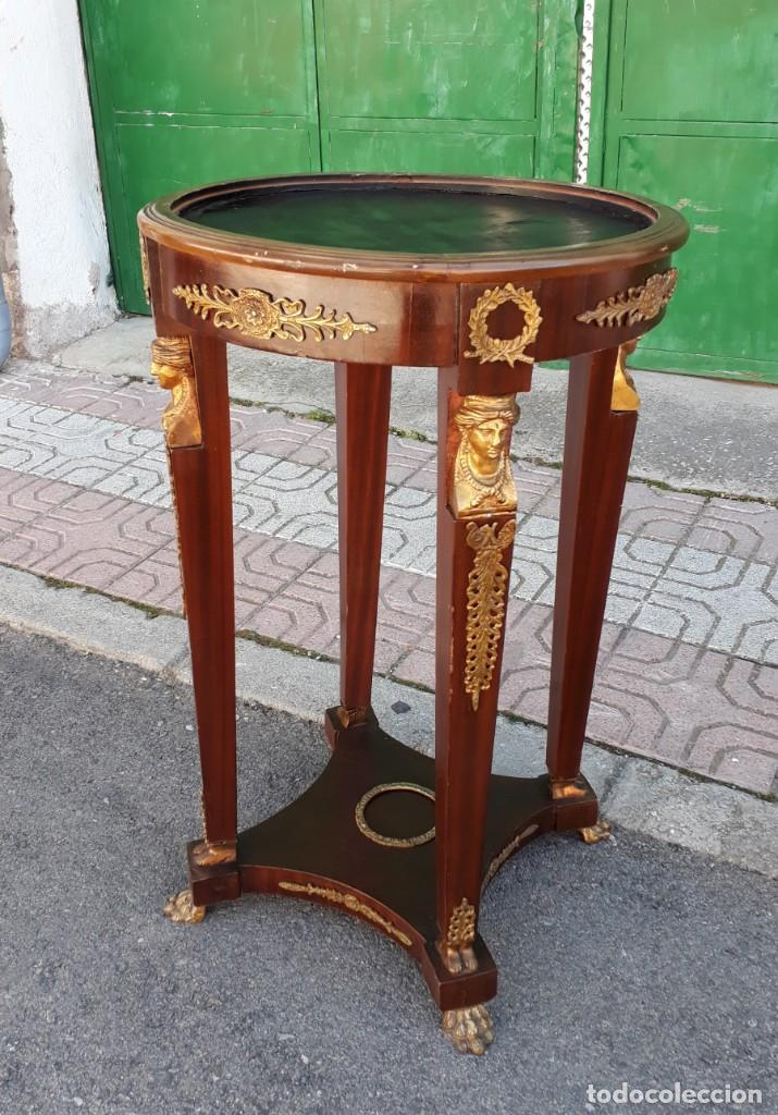 Antigüedades: Velador antiguo estilo imperio. Mesa auxiliar antigua velador cariatides. - Foto 11 - 156000214