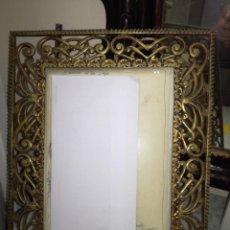 Antigüedades: MARCO DE BRONCE. Lote 156011674