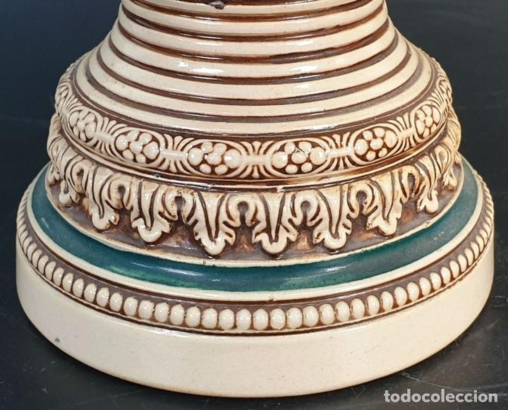 Antigüedades: PAREJA DE JARRAS. CERÁMICA ESMALTADA. PINTADA A MANO. ALEMANIA. SIGLO XX. - Foto 6 - 156023518