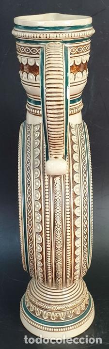Antigüedades: PAREJA DE JARRAS. CERÁMICA ESMALTADA. PINTADA A MANO. ALEMANIA. SIGLO XX. - Foto 7 - 156023518