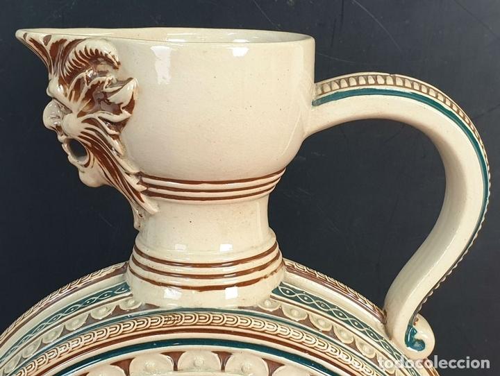 Antigüedades: PAREJA DE JARRAS. CERÁMICA ESMALTADA. PINTADA A MANO. ALEMANIA. SIGLO XX. - Foto 11 - 156023518
