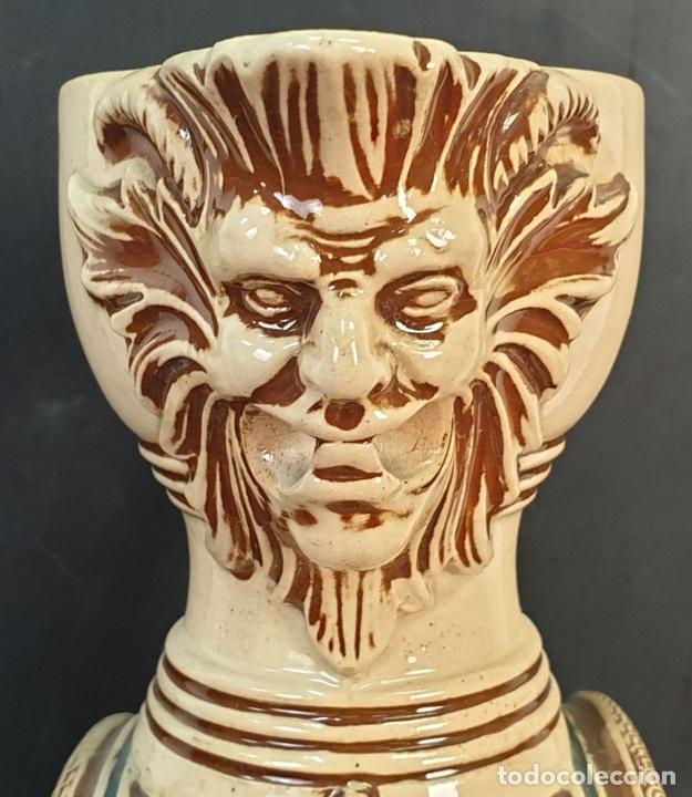 Antigüedades: PAREJA DE JARRAS. CERÁMICA ESMALTADA. PINTADA A MANO. ALEMANIA. SIGLO XX. - Foto 14 - 156023518