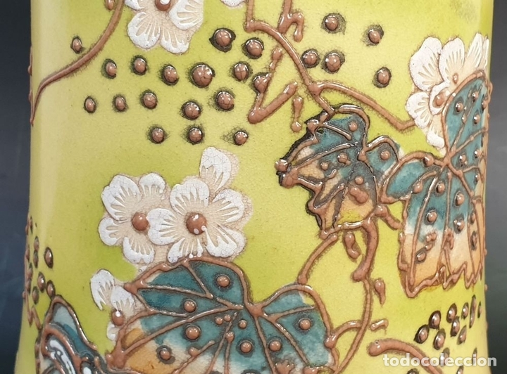 Antigüedades: PAREJA DE JARRONES MODERNISTAS. CERÁMICA JAPONESA. ESMALTADO Y PINTADO A MANO. SIGLO XX. - Foto 6 - 156027974