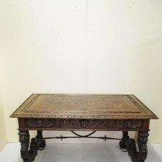 Antigüedades: ANTIGUA MESA ESCRITORIO DE DESPACHO RENACIMIENTO ESPAÑOL. Lote 156172098