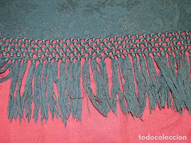 Antigüedades: ANTIGUO MANTON LANA ADAMASCADO COLOR AZUL OSCURO 105x105 CM MAS 14 FLECO - Foto 9 - 156212594