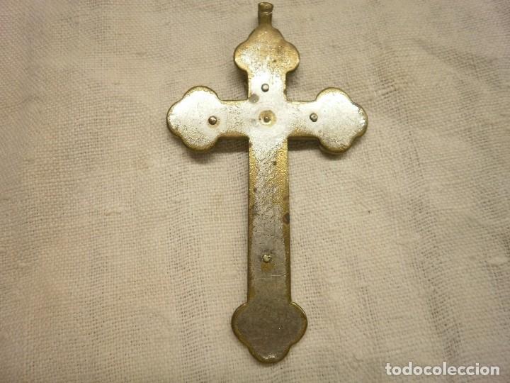 Antigüedades: ANTIGUO CRUCIFIJO CONVENTUAL DE MADERA Y METAL. - Foto 2 - 156273774