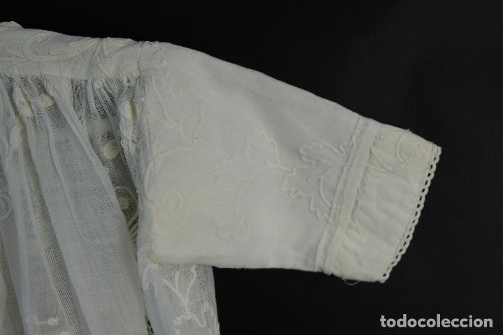 Antigüedades: Vestido de bautizo bordado a mano principios siglo XX - Foto 3 - 156290770