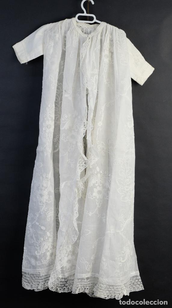 Antigüedades: Vestido de bautizo bordado a mano principios siglo XX - Foto 10 - 156290770