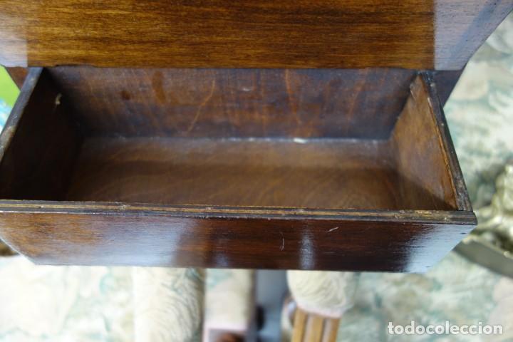 Antigüedades: TOCADOR CON ESPEJO DE MADERA DE PRINCIPIOS DEL SIGLO XX - Foto 3 - 156311862