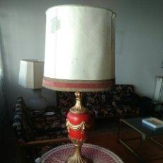 Antigüedades: GRAN LAMPARA DE MADERA TALLADA. Lote 156391101