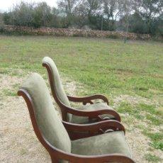 Antigüedades: PRECIOSA PAREJA DE SILLONES MECEDORAS FINAL SIXX. Lote 156473006