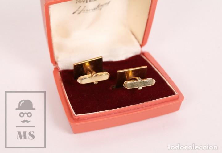 Antigüedades: Pareja de Gemelos Vintage Dorados - Joyería J. Javaloyes - Motivos Geométricos / Cuadrados - Foto 5 - 156492318