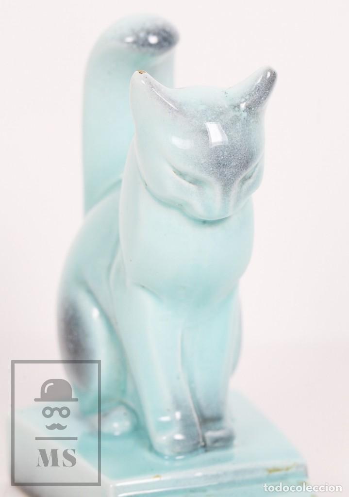 Antigüedades: Figura de Cerámica Vidriada Estilo Art Déco - Gato - Azul Aguamarina - Medidas 12,5 x 7,5 x 14 cm - Foto 3 - 156493310