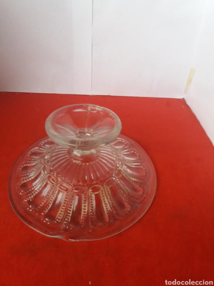 Antigüedades: Frutero de cristal blanco prensado de Cartagena - Foto 2 - 156533906