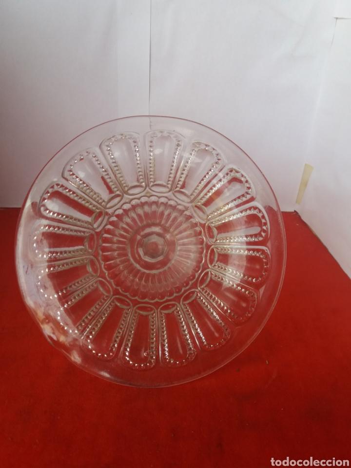 Antigüedades: Frutero de cristal blanco prensado de Cartagena - Foto 3 - 156533906