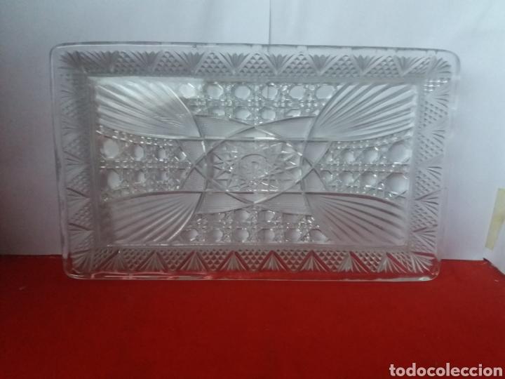 Antigüedades: Bonita bandejas de cristal prensado con seis copas - Foto 2 - 156539780