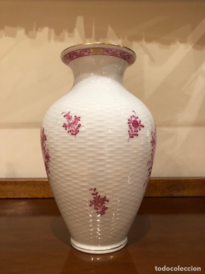 Antigüedades: Jarrón de porcelana húngara de Herend. Edición limitada y numerada. - Foto 3 - 156547930