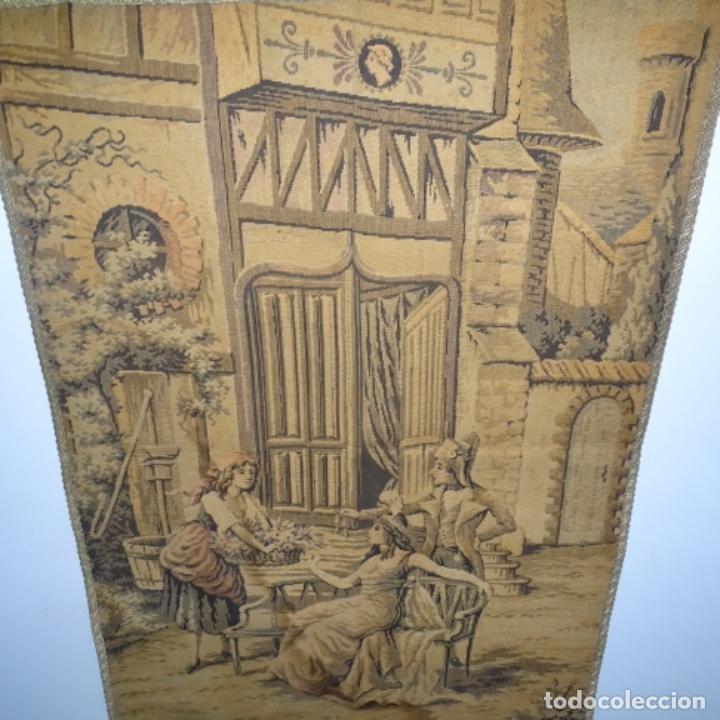 Antigüedades: Antiguo Tapiz estandarte de escena galante. - Foto 6 - 156559926