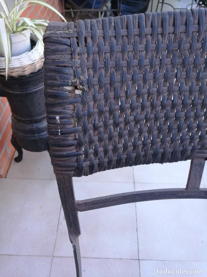 Antigüedades: 4 sillas y mesa de jardín - Foto 9 - 151968630