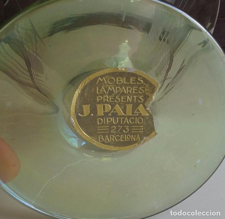 Antigüedades: Gran copa decorativa con tallados y tonos irisados - Foto 4 - 156615190
