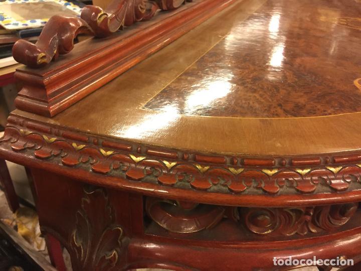 Antigüedades: Encantadora consola, con espectacular decoracion y acabado de la talla. Muy buen estado y tamaño. - Foto 6 - 160776521