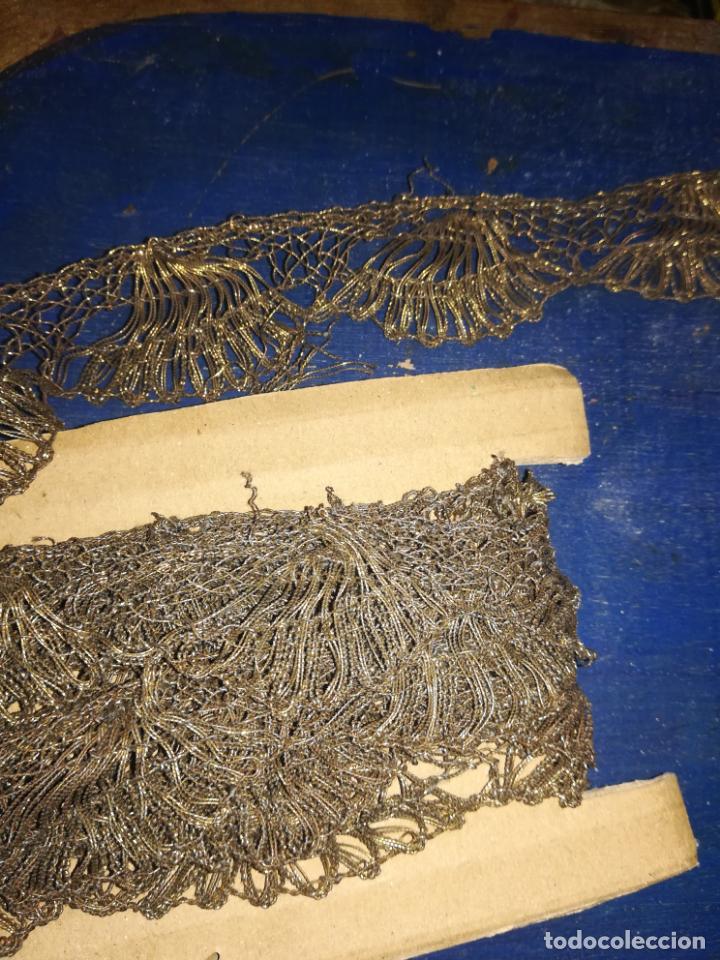 Antigüedades: Encaje antiguo metal oro - Foto 2 - 156632962