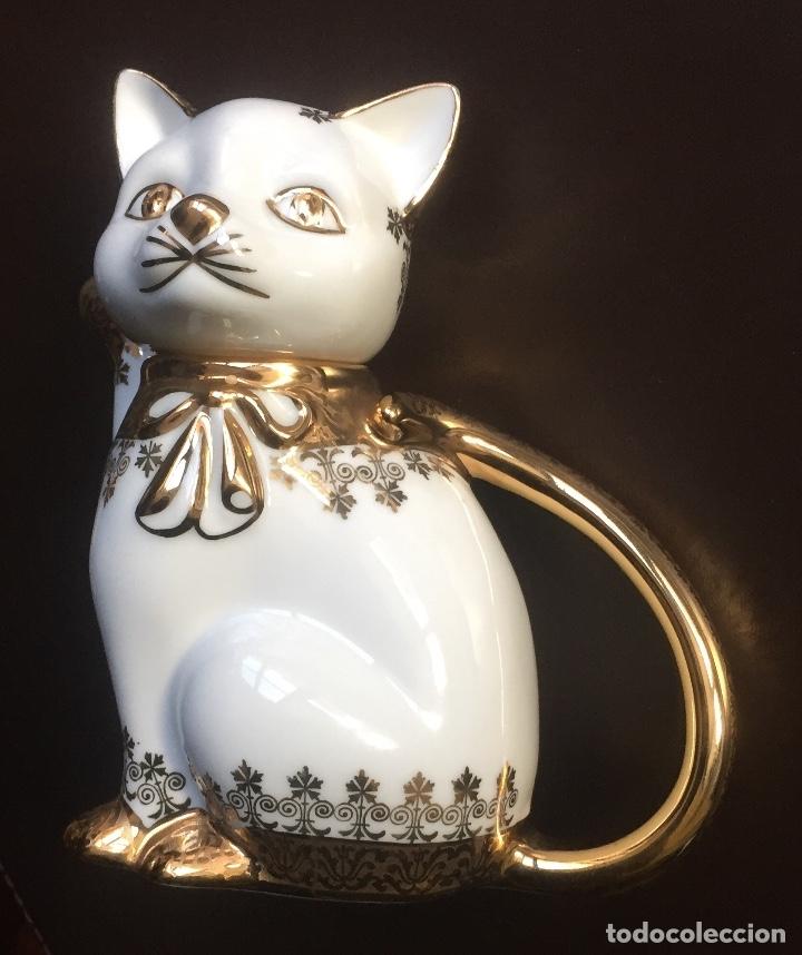 Antigüedades: Tetera forma de Gato Porcelanas SNEROLL Grup BOHEMIA Decorada al Oro - Foto 6 - 156676890