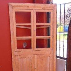 Antigüedades: ANTIGUO ESQUINERO DE MADERA, ESTRUCTURA. TOTALMENTE LIMPIO.. Lote 156715918