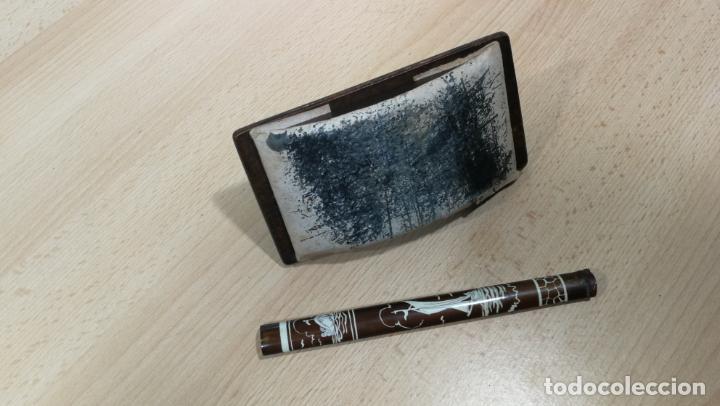 Antigüedades: Antiguo secante de tinta y rara especie de pluma o algo así - Foto 6 - 156746546