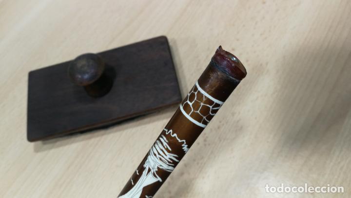 Antigüedades: Antiguo secante de tinta y rara especie de pluma o algo así - Foto 7 - 156746546