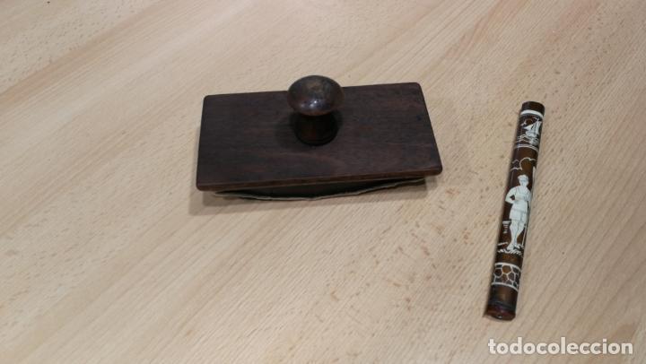 Antigüedades: Antiguo secante de tinta y rara especie de pluma o algo así - Foto 14 - 156746546