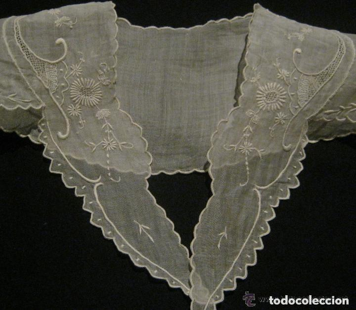 Antigüedades: ANTIGUA CAPELINA DE ORGANZA BORDADA - NOVIA - IMAGEN PPIO. S. XX - Foto 4 - 156752518