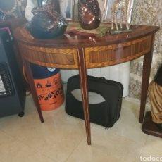 Antigüedades - MESA AUXILIAR DE CAOBA - 156771389